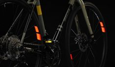 Flectr's Award-winning bike-reflectors are back with color variants! Bicycle Rims, Bicycle Lights, Light Scattering, Car Headlights, Yanko Design, Bike Parts, Design Process, Vibrant Colors, Awards