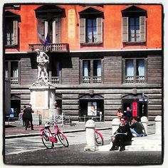 Piazza Prampolini in Reggio Emilia - Instagram by @AsgeirPedersen