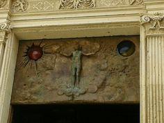 Sole, Luna e altri simboli sacri