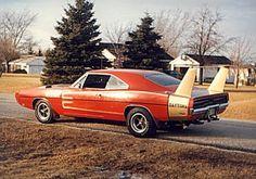 1969 Dodge Charger Daytona, Dodge Daytona, Daytona 500, Plymouth Superbird, Plymouth Cars, 70s Muscle Cars, American Muscle Cars, Weird Cars, Cool Cars
