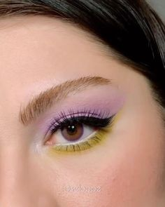 Retro Makeup, Edgy Makeup, Makeup Eye Looks, Eye Makeup Art, Eyeshadow Looks, Makeup Eyes, Vintage Makeup Looks, Light Makeup Looks, Pastel Eyeshadow