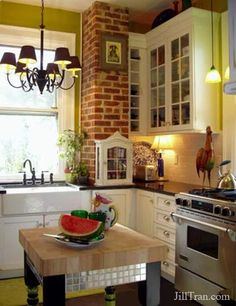 old farm house kitchen pictures Farm Kitchen Ideas, Farmhouse Kitchen Decor, Kitchen Redo, New Kitchen, Kitchen Dining, Kitchen Remodel, Rustic Farmhouse, Kitchen Island, Kitchen Brick