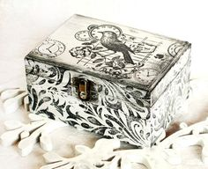 Black and White  Wooden  Decorative  Box Ring door MyHouseOfDreams, $26.00
