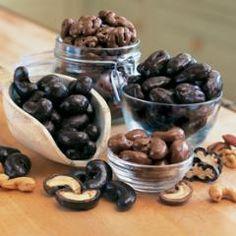Dark Chocolate Macadamia Nuts