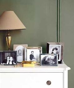 We love the way these photo frames look on the nightstand table.