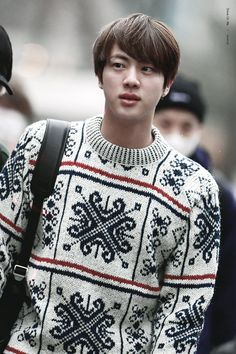 BTS Jin's shoulders are so massive, they'd have to belong to an anime or manga character. Seokjin, Hoseok, Bts Jin, Bts Bangtan Boy, Jimin, Super Mario, Got7, Hip Hop And R&b, Worldwide Handsome