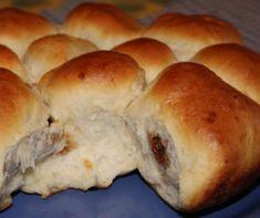 Vaníliakrémes-kakaós piskótatekercs Recept képpel - Mindmegette.hu - Receptek Hamburger, Bread, Food, Brot, Essen, Baking, Burgers, Meals, Breads