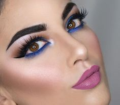 Full face again with electric blue 💗Eyes with @katvondbeauty #katvondbeauty Mi vida loca palette Black liner from @sigmabeauty #sigmabeauty wicked gel liner Eventualmente blue glide on eye pencil from @urbandecaycosmetics #urbandecaycosmetics Lashes @hudabeauty #hudabeauty #shophudabeauty @shophudabeauty in Sasha Eyebrows @tartecosmetics #tartecosmetics 💗 Lips with @nyxcosmetics #nyxcosmetics lip liner and ABH liquid lipstick in Soft Lilac 💗Face @arbonne #arbonne líquid foundation…