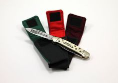 """Fits Case 08 Pattern """"Half Whittler"""" and similar folding knives.     4 ¼ by 1 ¾  in,  6 ¼  in long open (made by hand; dimensions approximate).    All-cotton, canvas outer and soft flannel lining; hook-and-loop closure in coordinating colors. It will keep your knife collection safe from scratches and dust, whether you store it away or carry it in your pocket, purse, or bag. Sized for a single knife. Not intended for open blades. KNIFE NOT INCLUDED.    **PLEASE NOTE** that the listings are…"""