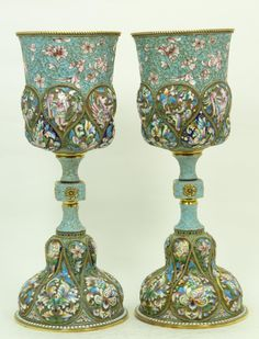 LARGE RUSSIAN SILVER & ENAMEL CHALICES http://www.eliteauction.com/catalogues/120614/images/106_1.jpg