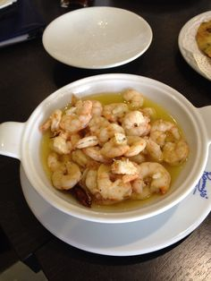 Prawns in garlic presented in Churchil Menu Theatre bowls, Romerijos, El Puerto de Santa Maria, Cadiz - Best fishdish I've ever tasted