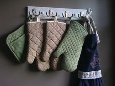 """cute kitchen idea. . . maybe that """"towel rack"""" for the bathroom last week will be used in the kitchen instead?!"""