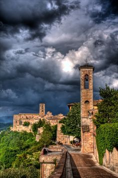 Montalcino, #Toscane, #Italië I went here with my students. It is a gorgeous hill town.