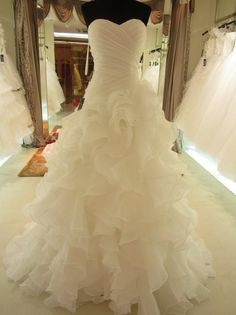 Hot Sale Real Picture Organza Ruffle A Line Wedding Dress Bridal