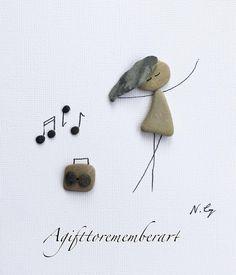 """78 отметок «Нравится», 5 комментариев — Neshat Ghaffari (@agifttorememberart) в Instagram: «""""Dancing"""" #agifttorememberart #pebbleart #music #dance #australia #nature #art #etsy…»"""