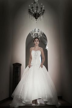 Elegance, A-line wedding dress with sweetheart bodice with silver beads and gemstone embroidery. Layered skirt give elegance look of this dress. www.sonyunhui.com   #손윤희드레스 #케이트엘린, #케이트엘린드레스#WEDDING, #손윤희드레스, #신상드레스, #웨딩드레스화보, #드레스대여,