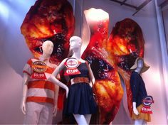 Questionable Old Navy WindowDisplay  That's…not really a good summer look. #Marketing ?