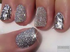 13 Diseños de Uñas Color Plata - ε Diseños e Ideas originales para Decorar tus Uñas з Fabulous Nails, Gorgeous Nails, Pretty Nails, Dead Gorgeous, Fancy Nails, Love Nails, My Nails, Style Nails, Hello Nails