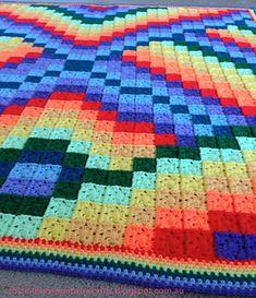 Very pretty. Free pattern!