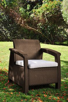 Get this Keter Corfu Wicker Brown Chair, which is extremely comfortable wicker chair with a cushion that would look perfect for your outdoor patio space. Indoor Wicker Chairs, Wicker Patio Furniture Sets, Outdoor Armchair, Wicker Sofa, Outdoor Chairs, Patio Seating, Mykonos Greece, Crete Greece, Athens Greece