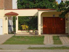cuba streets 2012 - Google Search Hostal Puerto Casilda is located on: Calle Real #158-B between Perla & Iglesia Streets, Casilda Trinidad, Sancti Spíritus (province), CUBA.