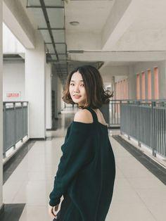 woman standing on hallway Photo by seankkkkkkkkkkkkkk on Unsplash Image Page 48669 Face Images, Face Pictures, Boss Picture, Pretty People, Beautiful People, Asian Image, Face Profile, Black Tube Tops, Online Photo Editing