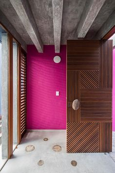 Wooden Main Door Design: 10 Solid Ideas For Your Indian Home Home Design, Door Design Interior, Modern Interior Design, Color Interior, Design Ideas, Wooden Main Door Design, Double Door Design, Front Door Design, Entrance Design