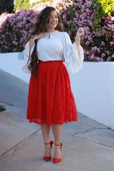 Plus Size Casual Outfits For Workplace plus size fashion Want To Update Your Closet With Must Have Plus Size Fashion Trends For Workplace? Curvy Outfits, Mode Outfits, Skirt Outfits, Stylish Outfits, Stylish Clothes, Curvy Fashion, Modest Fashion, Plus Size Fashion, Fashion Dresses