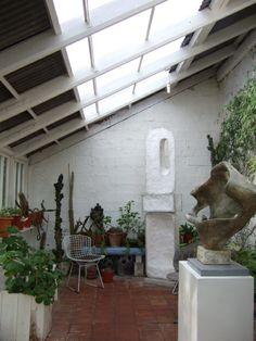 Barbara Hepworth sculpture studio 1