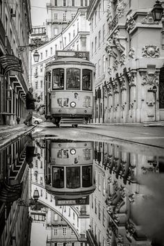 Black & White Photography: Part 3 and Lisboa Portugal Amazing Photography, Street Photography, Art Photography, Landscape Photography, Artistic Photography, Whimsical Photography, Photography Degree, Famous Photography, Travel Photography