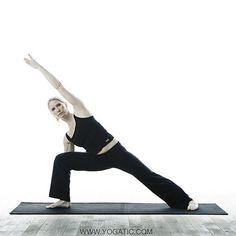 Utthita Parsvakonasana o la postura del ángulo lateral extendido