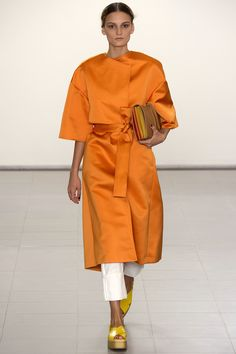 See all the Collection photos from Paul Smith Spring/Summer 2016 Ready-To-Wear now on British Vogue Paul Smith, Covet Fashion, Fashion Week, London Fashion, Feminine Fashion, London Spring, Catwalks, Fashion Show Collection, Spring Summer 2016