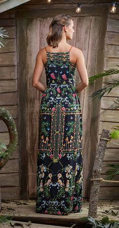 Vestido Longo Floresta de Cogumelos