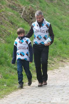 AG2R employ helpers of all ages for this race  © Robin Wilmott/BikeRadar