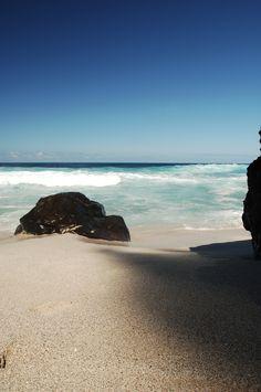 Réunion. Découvrez la célèbre plage de la Grande Anse. Comment en profitez ? Grâce à Hotelissima, réservez un hôtel à la Réunion, de 3 à 5 étoiles. #hotel #reunion