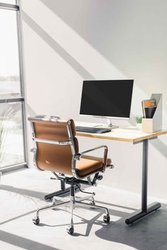 The SOHO Soft Pad chair in a beautifully lit office space! Small Desks, Chairs For Small Spaces, Home Office Space, Desk Space, Soho, Minimalist Office, Bedroom Inspo, Humble Abode, Office Chairs