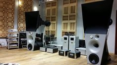 Mono and Stereo High-End Audio Magazine: Magico Ultimate 3 horn speakers