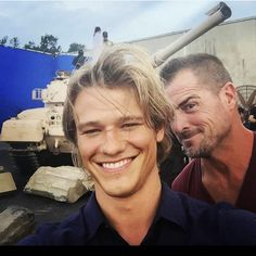 lucas till Entirely too much fun. Macgyver Tv Series, Angus Macgyver, Macgyver 2016, Lucas Till Macgyver, Tv Series 2016, Cw Series, Mc G, Beautiful Men Faces, Handsome Actors