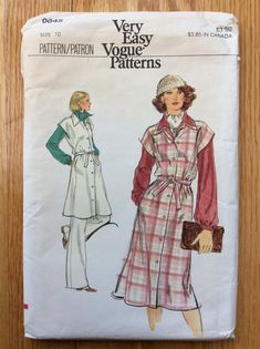 Misses Jumper Tunic and Pants Pattern Very Easy Vogue 9645 Cool Patterns, Vintage Patterns, Vogue Patterns, Sewing Patterns, Sleeveless Jumper, Pants Pattern, Point Collar, Clothing Items, 1970s
