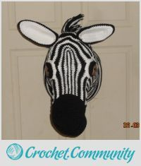 EDITOR'S CHOICE (02/09/2016) Zebra head by Charlotte Huffman View details here: http://crochet.community/creations/4192-zebra-head