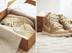 gold glitter nike dunks- uh need these
