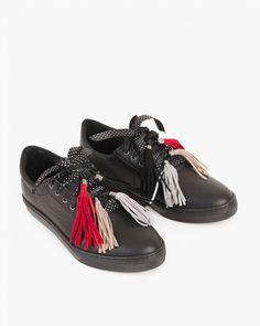 PÓŁBUTY  SPORTOWE 052 -585-CZARNY Moccasins, Flats, Shoes, Fashion, Penny Loafers, Loafers & Slip Ons, Moda, Loafers, Zapatos