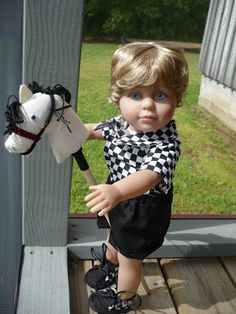 Karen Mom of Threes Craft Blog: Mariena Creates a Stick Horse for her Dolls a Yester Year Craft