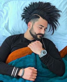 Funky Mens hairstyles ,Get This look looks Sexy Long Hairs For Mens Menshaircuts Straight Hairstyles, Girl Hairstyles, Funky Hairstyles, Hair And Beard Styles, Long Hair Styles, Hairstyle Look, How To Pose, Perfect Curls, Haircuts For Men