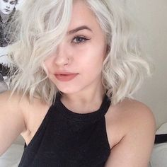 Idée Couleur & Coiffure Femme 2017/ 2018 : I wish I could get my hair to this color my hair gets so fried