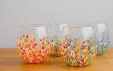 Easy DIY Projects - Cute DIY Tumblers - Easy DIY Crafts and Projects - Simple Craft Ideas for Beginners, Cool Crafts To Make and Sell, Simple Home Decor, Fast DIY Gifts, Cheap and Quick Project Tutorials Diy Holiday Gifts, Diy Gifts, Christmas Diy, Xmas Gifts, Homemade Gifts, Diy Ombre, Diy Projects To Try, Craft Projects, Children Projects