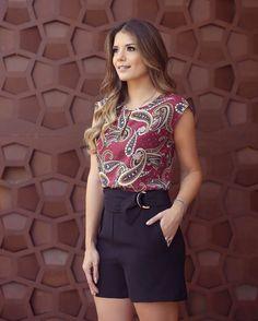 "6,018 curtidas, 31 comentários - Blog Trend Alert (@arianecanovas) no Instagram: ""Look @estilonanaminze Short cintura alta com blusa estampada! """