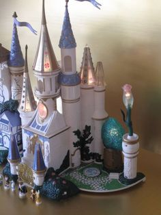 Vintage Polly Pocket Trendmaster Beauty & the Beast Castle Playset Lights Figure - Polly Pocket