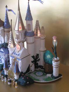 Vintage Polly Pocket Trendmaster Beauty & the Beast Castle Playset Lights Figure - Polly Pocket