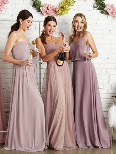 Reasons we love Birdy Grey bridesmaid dresses.These affordable bridesmaid dresses under 100 have so many pretty colors and styles! Different Bridesmaid Dresses, Bridesmaid Dresses Under 100, Grey Bridesmaids, Affordable Bridesmaid Dresses, Beautiful Bridesmaid Dresses, Bridesmaid Dress Styles, Bridesmaid Outfit, Bridesmaid Ideas, Bridesmaid Inspiration